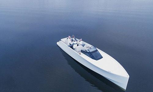 کنترل قایق الکتریکی با آیپد